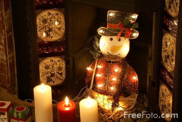 Picture of Room decorated for Christmas - Free Pictures - FreeFoto.com
