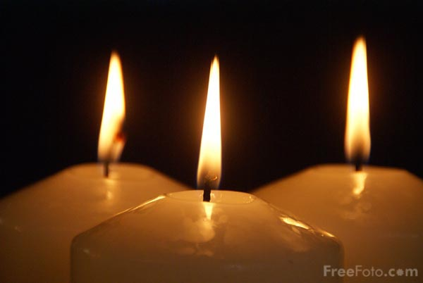 Picture of Three Advent Candles - Free Pictures - FreeFoto.com