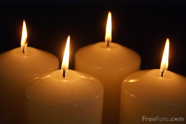 four advent candles pictures free use image 90 20 28 by. Black Bedroom Furniture Sets. Home Design Ideas