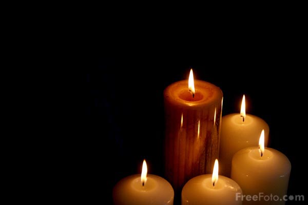 five advent candles pictures free use image 90 20 31 by. Black Bedroom Furniture Sets. Home Design Ideas
