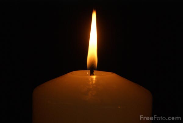 http://www.freefoto.com/images/90/20/90_20_3---Advent-Candle_web.jpg?&k=Advent+Candle