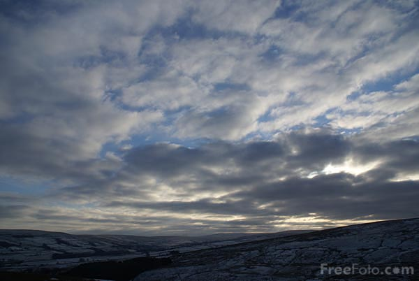 Picture of Dramatic winter sky - Free Pictures - FreeFoto.com