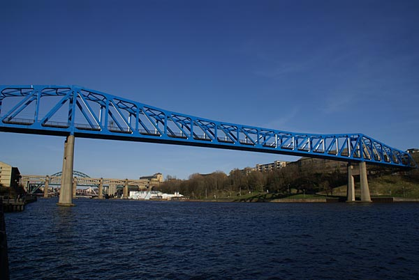 Picture of Queen Elizabeth II bridge in Newcastle upon Tyne - Free Pictures - FreeFoto.com