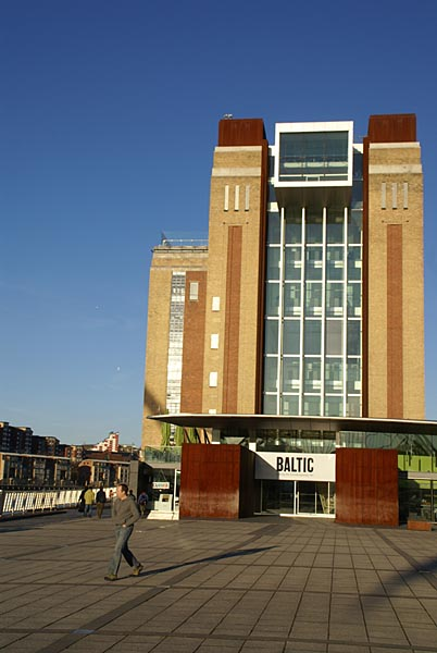 Picture of BALTIC Centre for Contemporary Art - Free Pictures - FreeFoto.com