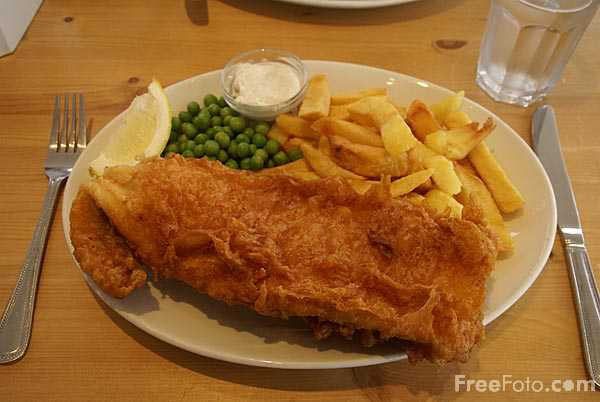 Picture of Fish and Chips - Free Pictures - FreeFoto.com