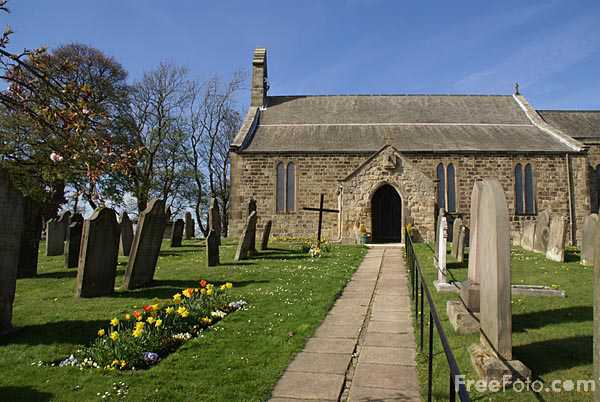 Picture of Church of St Andrew, Heddon-on-the-Wall - Free Pictures - FreeFoto.com