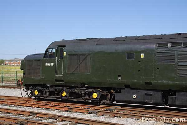 Picture of Class 37 BR Co-Co D6700 - Free Pictures - FreeFoto.com