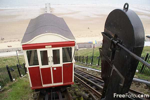 Picture of Saltburn Cliff Tramway - Free Pictures - FreeFoto.com