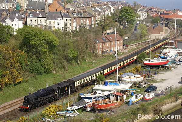 Picture of Steam train at Whitby - Free Pictures - FreeFoto.com