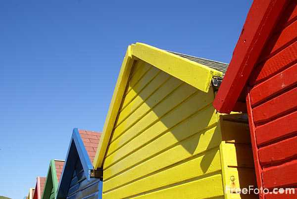 Picture of Beach Huts, Whitby, North Yorkshire - Free Pictures - FreeFoto.com