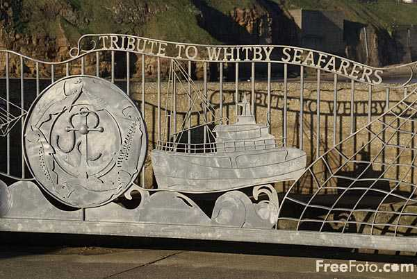 Picture of Tribute to Whitby Seafarers - Free Pictures - FreeFoto.com