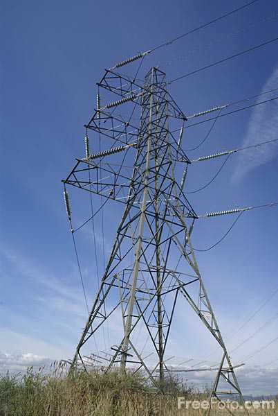 Electricity pylon pictures, free use image, 904-29-3634 by FreeFoto.