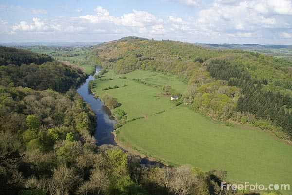 Picture of Symonds Yat scenic viewpoint - Free Pictures - FreeFoto.com