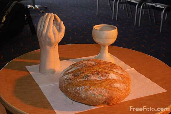 Picture of Communion bread and wine - Free Pictures - FreeFoto.com