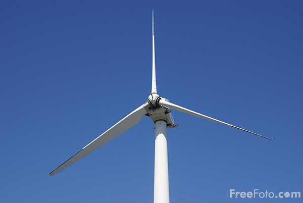 Picture of Blyth Harbour Wind Farm - Free Pictures - FreeFoto.com