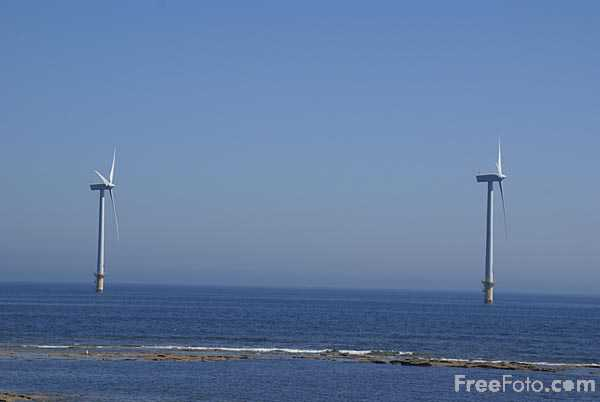 Picture of Blyth Offshore Wind Turbines - Free Pictures - FreeFoto.com