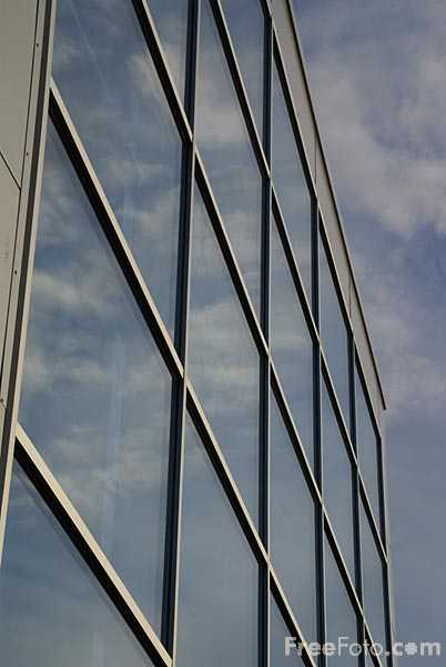 Picture of Modern Building, South Shields - Free Pictures - FreeFoto.com
