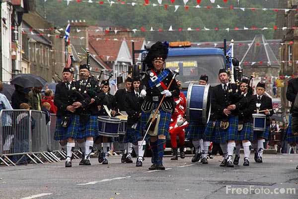 Picture of Peebles Beltane Festival - Free Pictures - FreeFoto.com