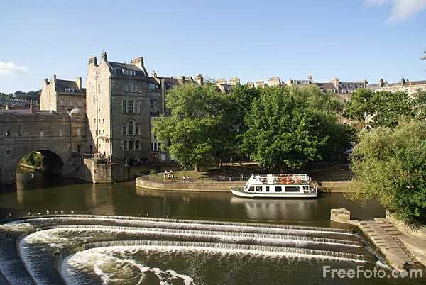 Picture of River Avon, City of Bath - Free Pictures - FreeFoto.com