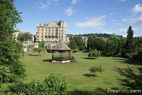 Picture of Parade Gardens, City of Bath - Free Pictures - FreeFoto.com
