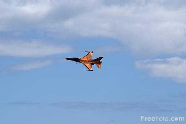 Picture of Royal Netherlands Air Force F16 - Free Pictures - FreeFoto.com