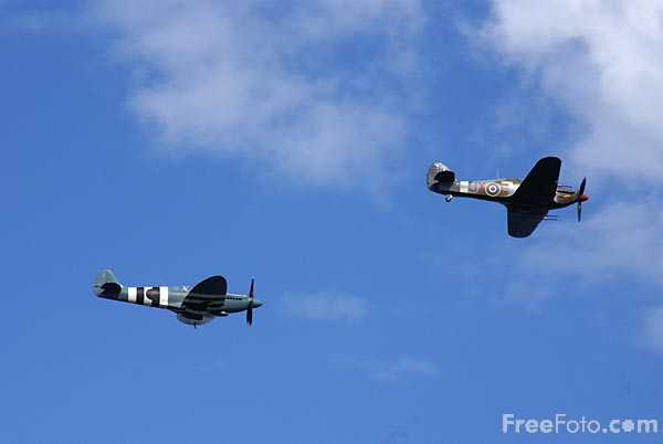 Picture of The Battle of Britain Memorial Flight Spitfire and Hurricane - Free Pictures - FreeFoto.com