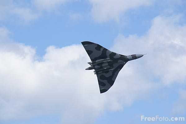 Picture of Vulcan Bomber - Free Pictures - FreeFoto.com