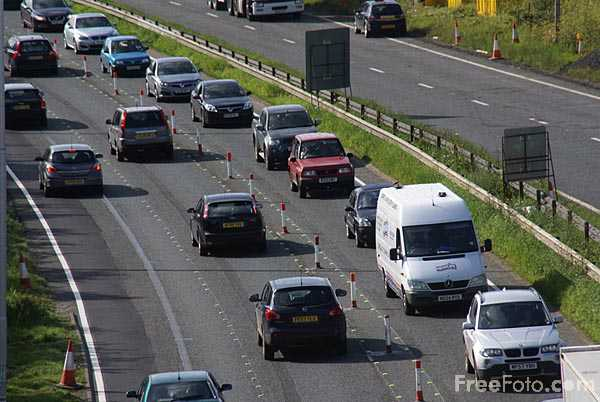 Picture of Contraflow on the A1 Western Bypass Gateshead - Free Pictures - FreeFoto.com