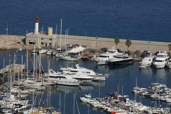 Picture of Menton Harbour, Cote d'Azur - Free Pictures - FreeFoto.com