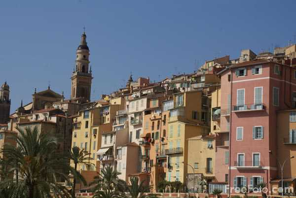 Picture of The old town of Menton - Free Pictures - FreeFoto.com