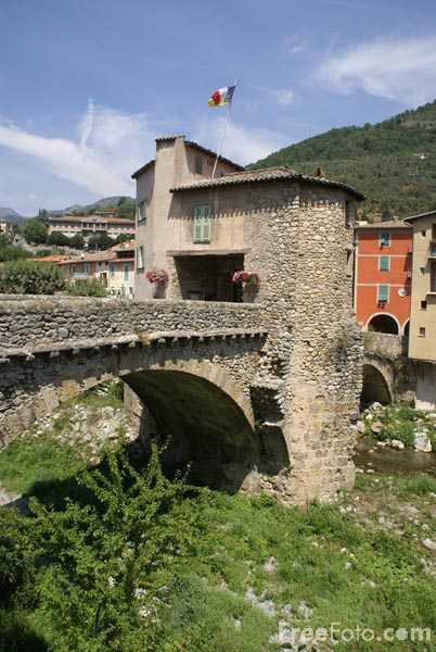 Picture of Medieval bridge, Sospel. - Free Pictures - FreeFoto.com