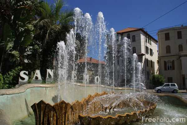 Picture of Fountain Sanremo - Free Pictures - FreeFoto.com