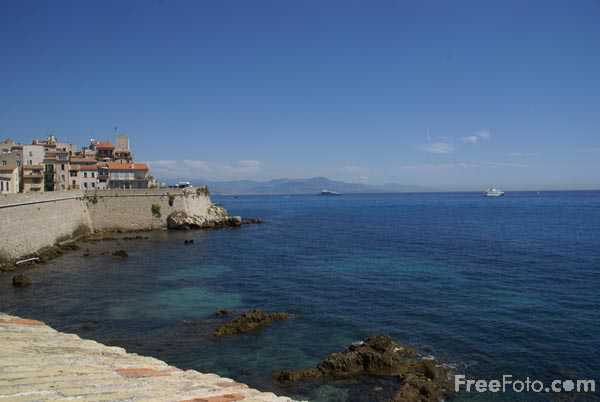 Picture of Antibes - Free Pictures - FreeFoto.com