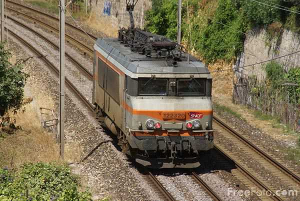 Picture of SNCF B-B electric 1 22320 - Free Pictures - FreeFoto.com