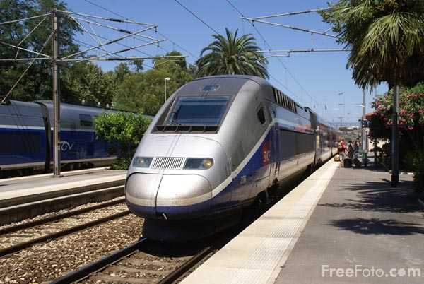 Picture of TGV Duplex train - Free Pictures - FreeFoto.com