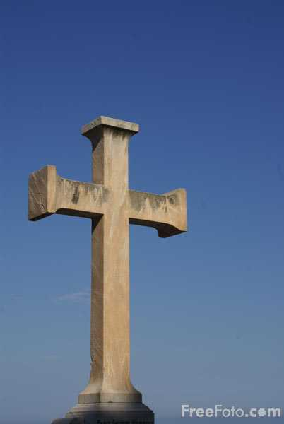 Picture of Stone Christian Cross - Free Pictures - FreeFoto.com