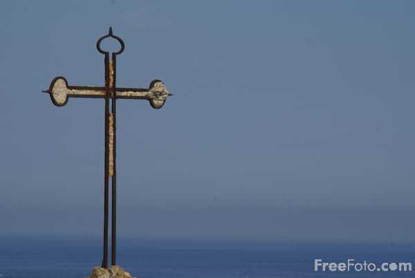Picture of Christian Cross - Free Pictures - FreeFoto.com