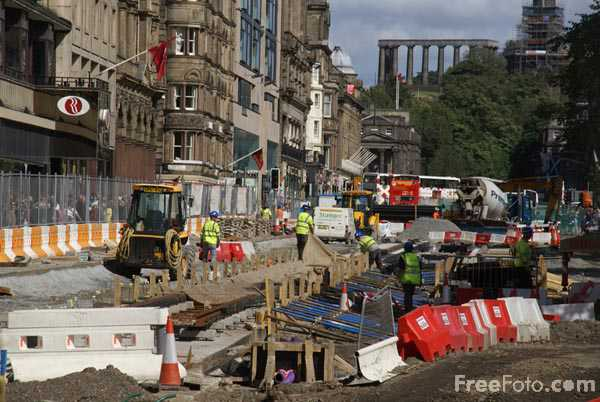 Picture of Preparing Princes Street, Edinburgh for the arrival of trams - Free Pictures - FreeFoto.com
