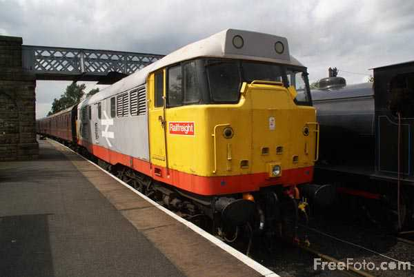 Picture of British Rail Class 31 diesel locomotive 31119 - Free Pictures - FreeFoto.com
