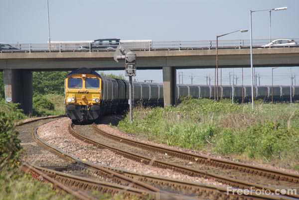 Picture of Class 66 GBRf 66714 - Free Pictures - FreeFoto.com