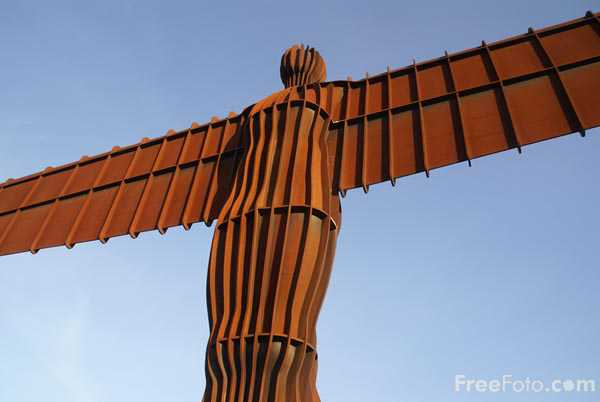 Picture of The Angel of the North - Free Pictures - FreeFoto.com