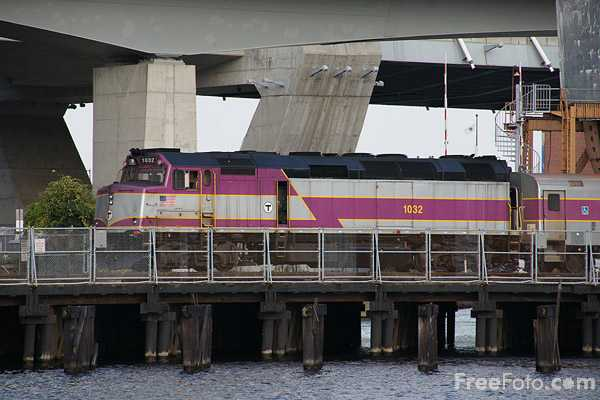 Picture of MBTA Rail Service - Free Pictures - FreeFoto.com