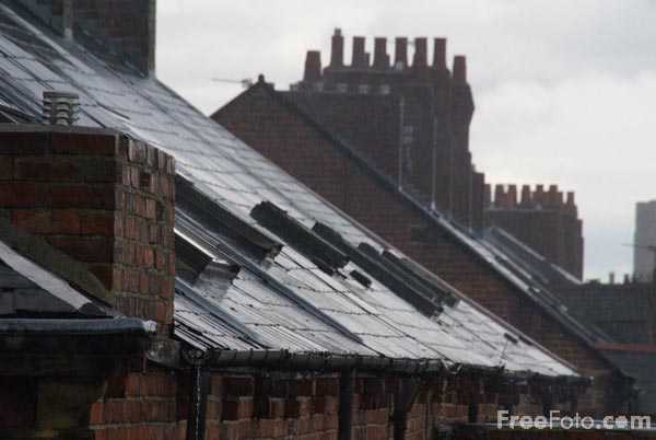 Picture of Rain soaked roof tops - Free Pictures - FreeFoto.com