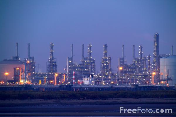 Picture of Oil Refinery, Teesmouth - Free Pictures - FreeFoto.com