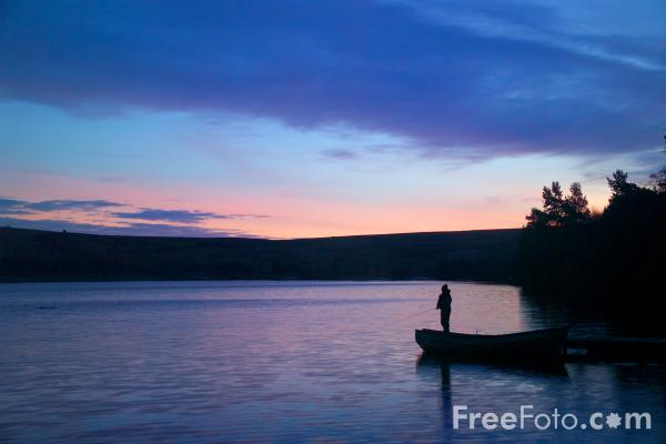 Picture of Lockwood Beck Reservoir - Free Pictures - FreeFoto.com