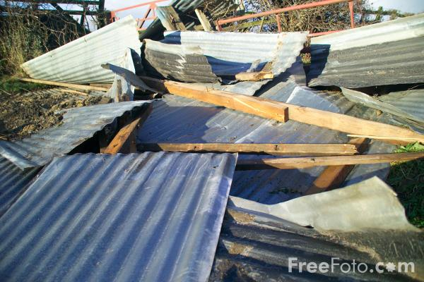 Picture of Remains of a barn roof - Free Pictures - FreeFoto.com
