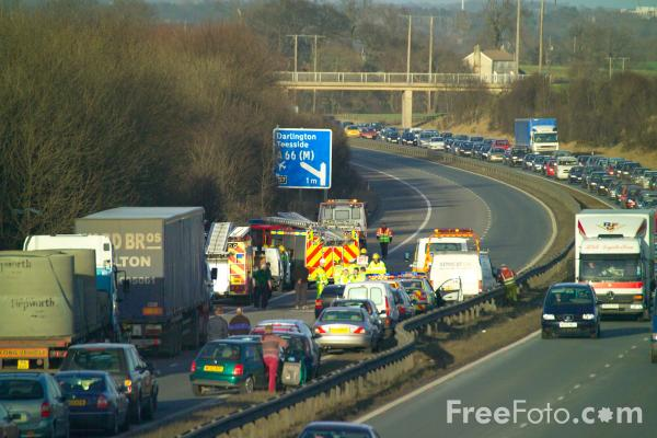 Picture of Accident, A1, North Yorkshire - Free Pictures - FreeFoto.com