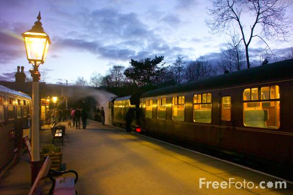 Picture of Oxenhope railway station - Free Pictures - FreeFoto.com