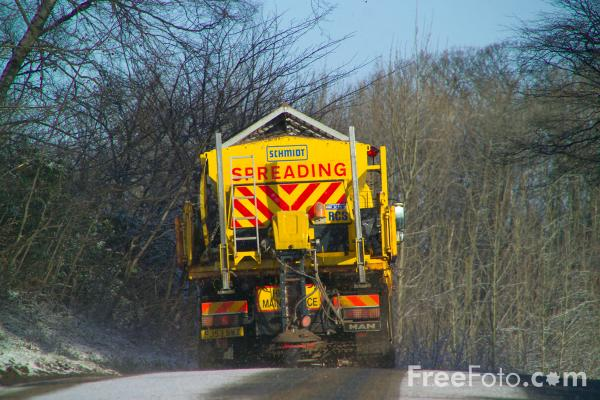 Picture of Snow Plough & Gritter - Free Pictures - FreeFoto.com