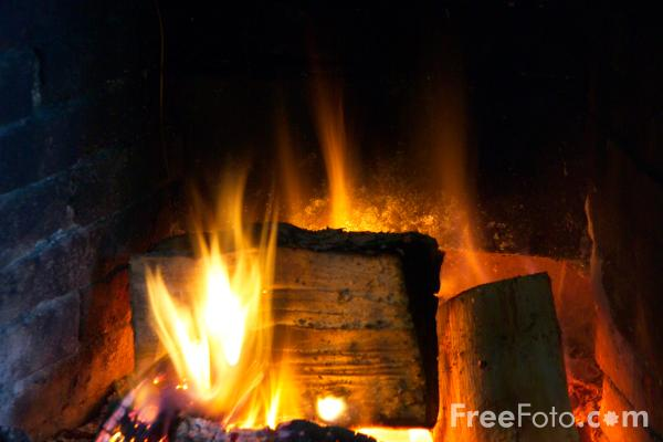 Picture of Log Fire - Free Pictures - FreeFoto.com